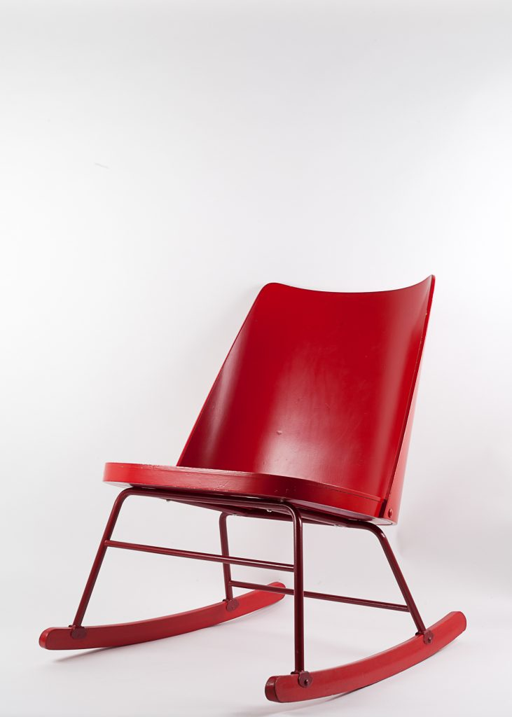 1950 ROCKING CHAIR © ikonocraft
